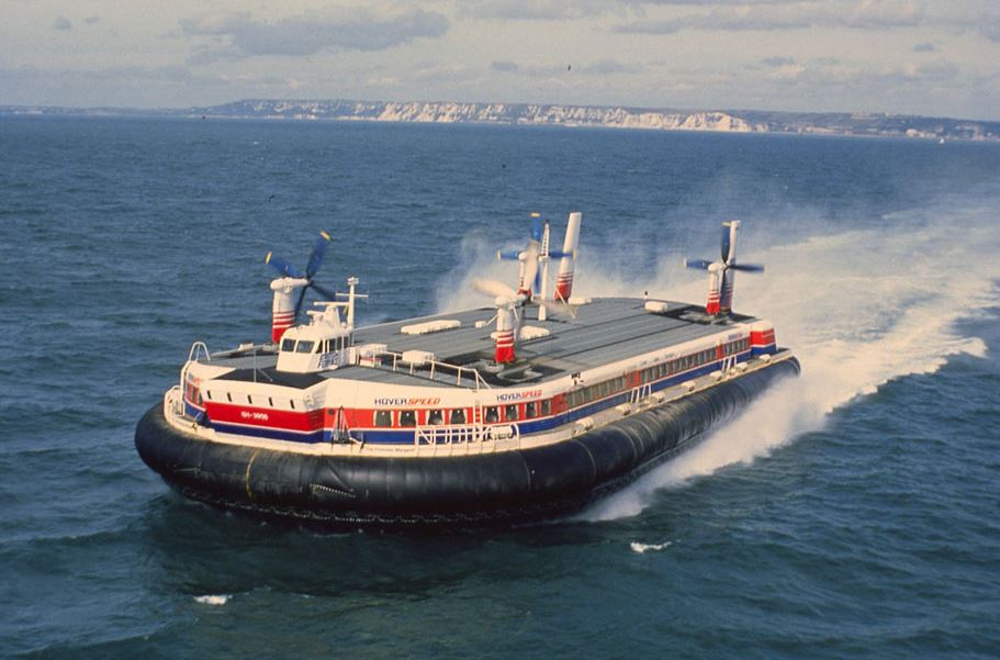 An SR.N4 Hovercraft at sea leaving Dover